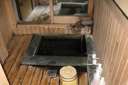 野うさぎの湯の内風呂と露天風呂