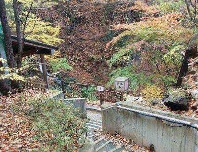 足湯の小屋