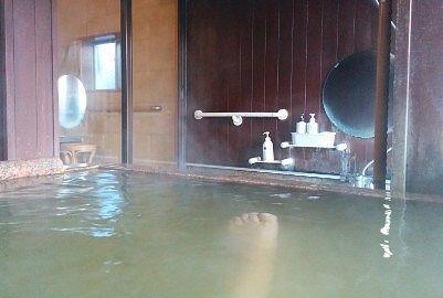 貸切風呂精の洗い場の様子