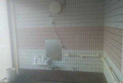 貸切風呂憩の洗い場の様子