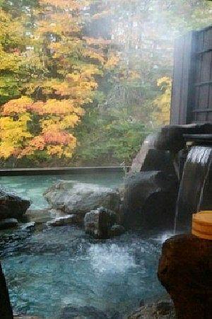 貸切風呂花筐の湯の様子