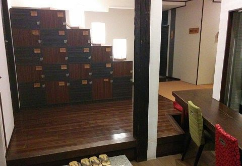 草菴の客室入口の様子