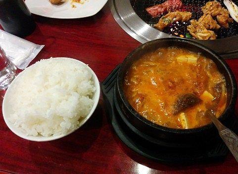 豆腐チゲと大盛ご飯