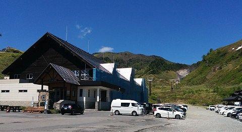 白根火山ロープウェイ山麓駅の様子