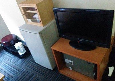 テレビ、セイフティボックスや冷蔵庫など