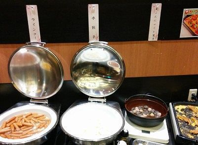 ウインナー、水餃子、こんにゃくと里芋、朝カツ