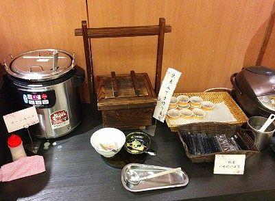 コーンスープ、出来立て手作り豆腐、納豆、海苔