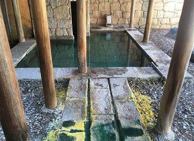 女湯の露天風呂