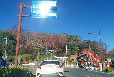 織姫神社前交差点の様子