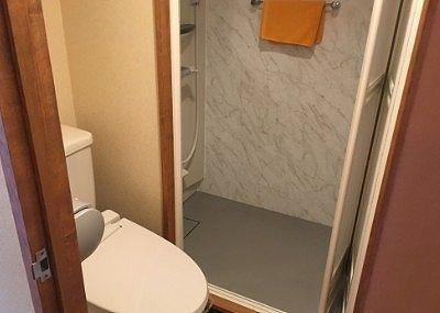 シャワートイレとシャワールーム