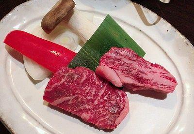 黒毛和牛源泉焼きの食材