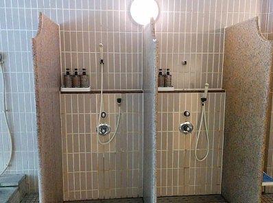 シャワーだけの洗い場