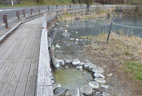 湯ノ湖遊歩道の様子