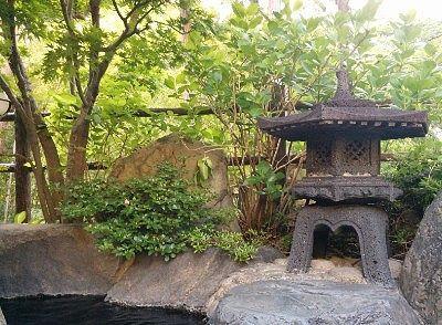 露天風呂からの川側の景色