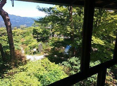 公使別邸二階の窓からの眺め