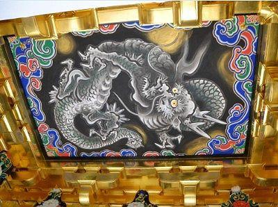昇り龍「八方睨みの龍」