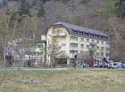 湯の家旅館の外観の大きさ