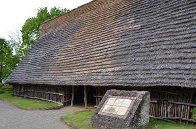 竪穴住居入口