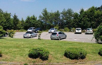 嬬恋プリンスホテル前駐車場の様子