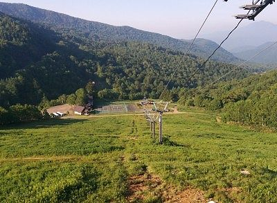 スキー場リフト降り場からの景色