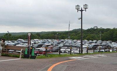 どうぶつ王国前の有料駐車場