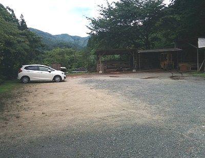小平の里キャンプ駐車場の様子