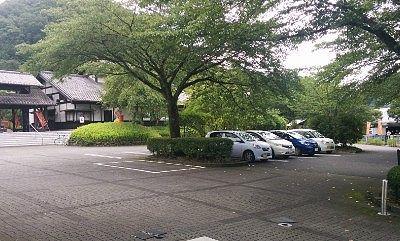 小平の里鍾乳洞公園駐車場の様子