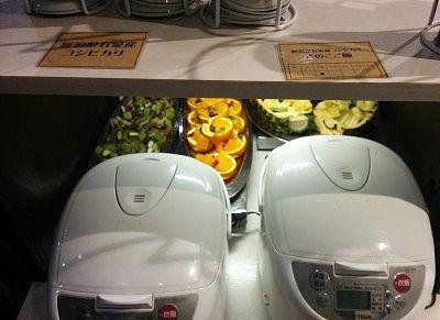 コシヒカリの白米とキノコご飯のジャー釜