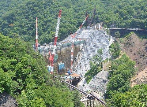 2018年6月25日工事中ダムの姿