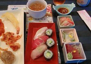 お寿司やお刺身など