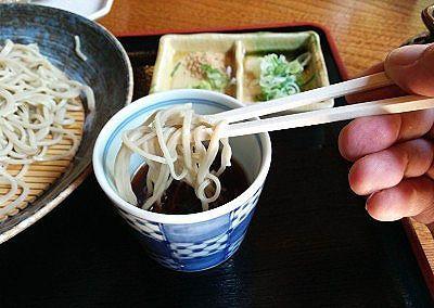 十割蕎麦の麺