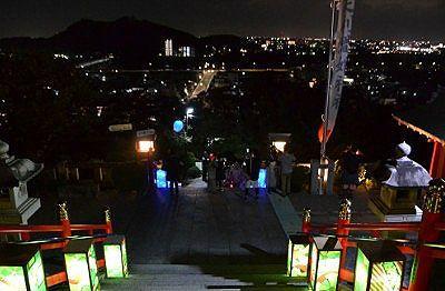 境内からの足利市街地の夜景