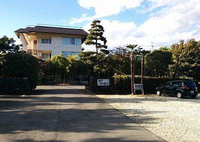桜や作右衛門前の無料駐車場