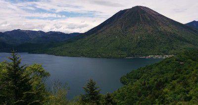 中禅寺湖展望台からの夏の景色
