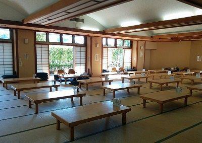 大広間の休憩室