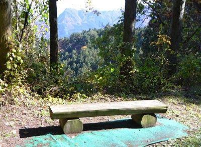 休憩できるベンチ
