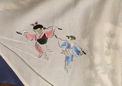 雀のイラストが描かれていた布団カバー