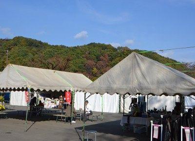 お店のテント