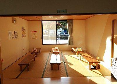 小さめの座敷の休憩室