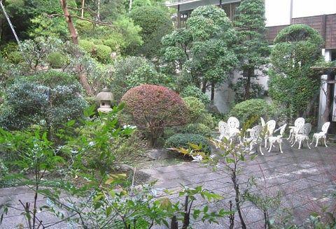湯元四萬館の中庭