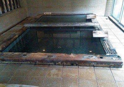 甍の湯の浴槽