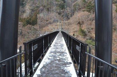雪が積もっていた鬼怒楯岩大吊橋