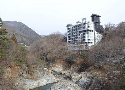 滝見橋から見えた上流部の景色