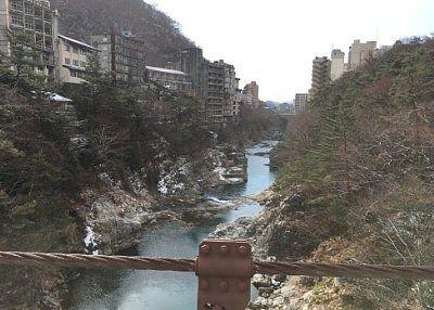滝見橋から見えた下流部の景色