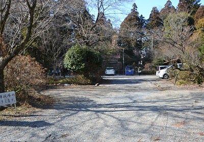 瀧尾神社参拝者駐車場