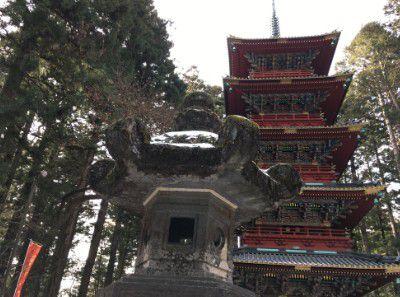 石灯籠と五重塔