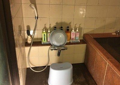 貸切風呂の洗い場の様子