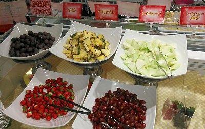 イチゴ、ライチ、パイナップル、レッドグローブ、メロン