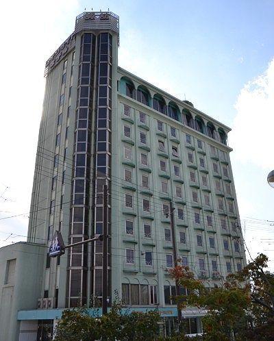 諏訪レイクサイドホテル外観