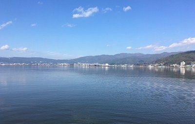 遊覧船から見えた諏訪湖の広範囲の景色